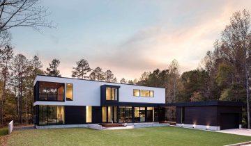 SB2062 – Nhà vườn nhỏ xinh bằng khung thép giữa rừng cây xanh mát